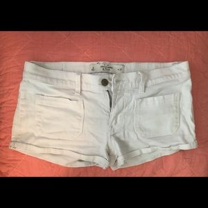 White Abercrombie and Fitch shorts